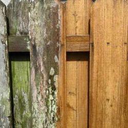 power washing wood fence thumbnail